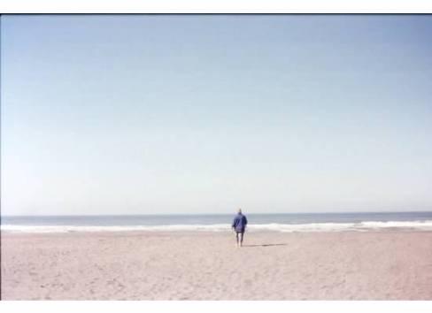 Beaches-FamilyWalkingSurf