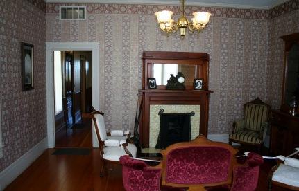 HughesLivingroom-2
