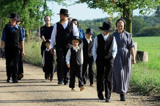 AmishFamilySunday