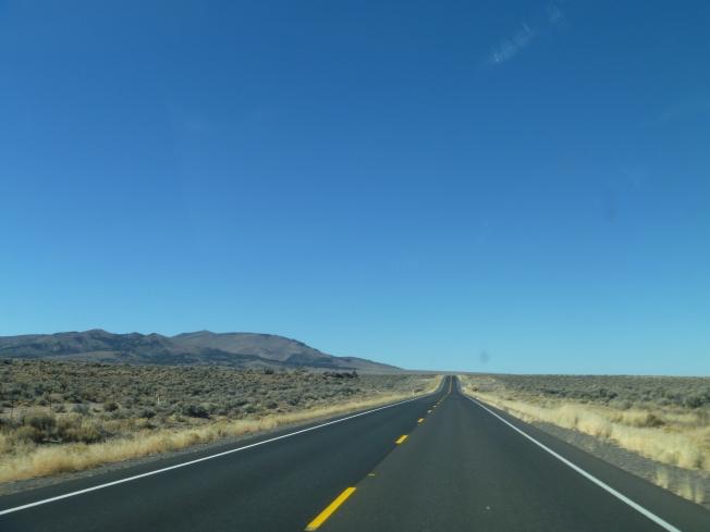 Oregon-LongDesertRoad