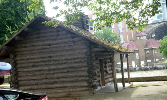 returnflats-historicfirstfamilylogcabin-2