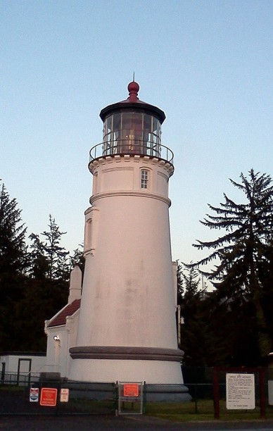 whalewatchingumpquariverlighthouse